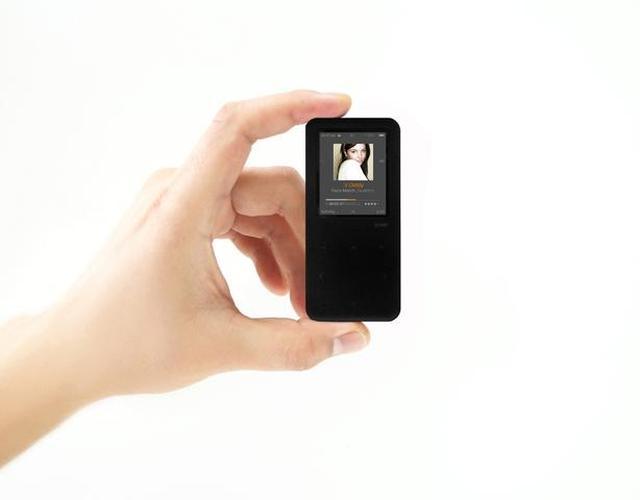 iRiver E30 - niewielki i elegancki odtwarzacz mp3