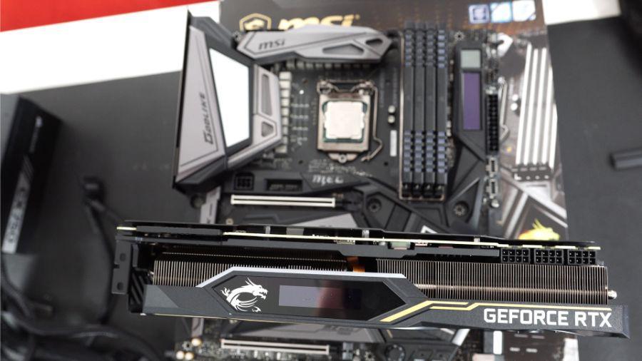 MSI RTX 2080 Ti Lightning Z - złącza PCI