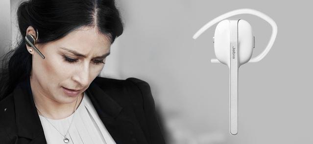 słuchawka Jabra Style na uchu kobiety