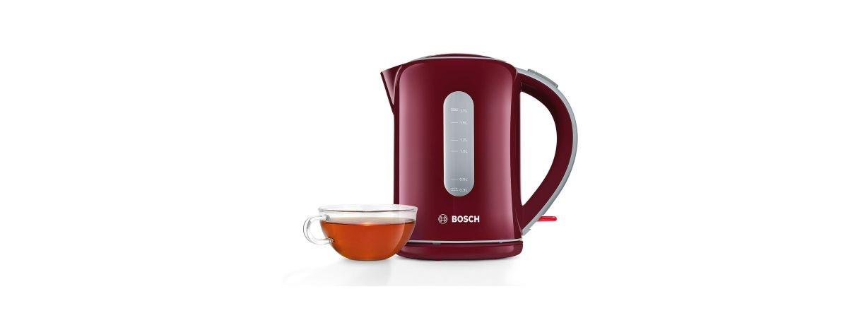 czajnik Bosch i filiżanka herbaty