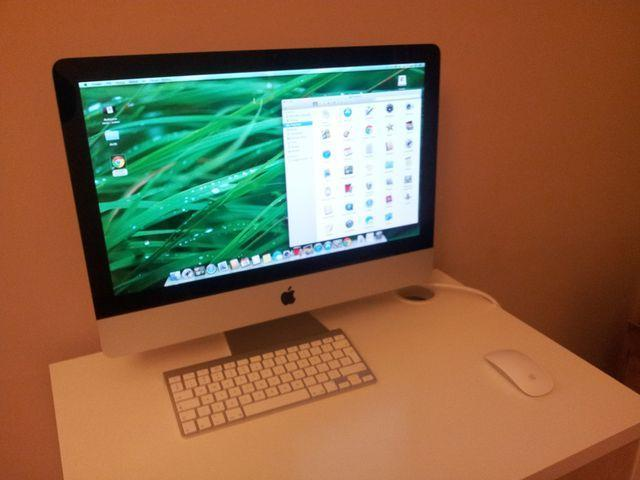 "Apple iMac 21"""