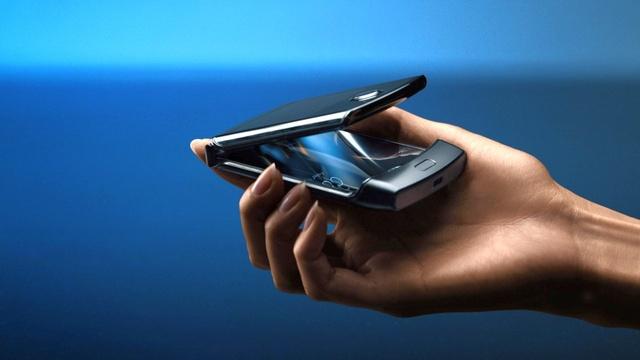 Motorola Razr 2 wycieka - Powalczy z Galaxy Z Flip?
