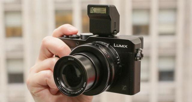 kompaktowy aparat cyfrowy