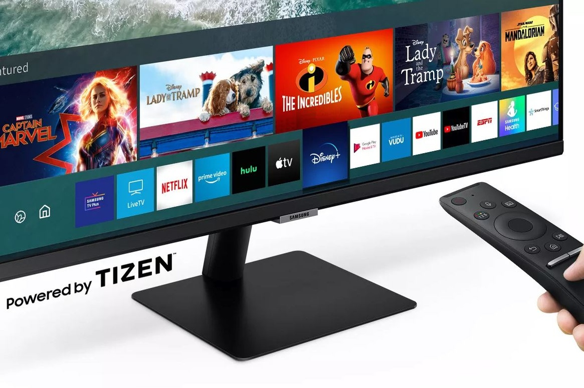 Funkcje multimedilane monitora zapewnia system Tizen OS