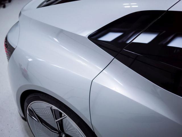 Audi Aicon tył