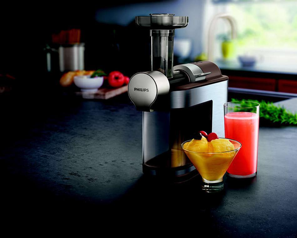 wyciskarka Philips plus soki w szklankach