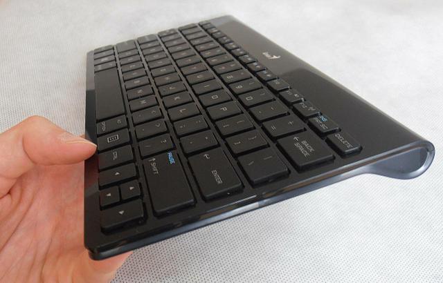 Genius LuxePad 9100