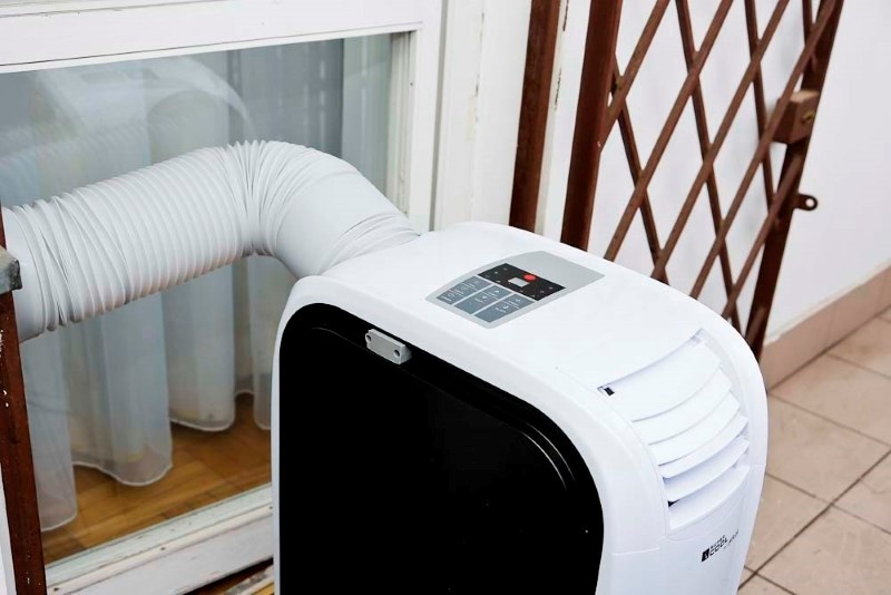 Klimatyzator z zewnątrz to wydajne rozwiązanie