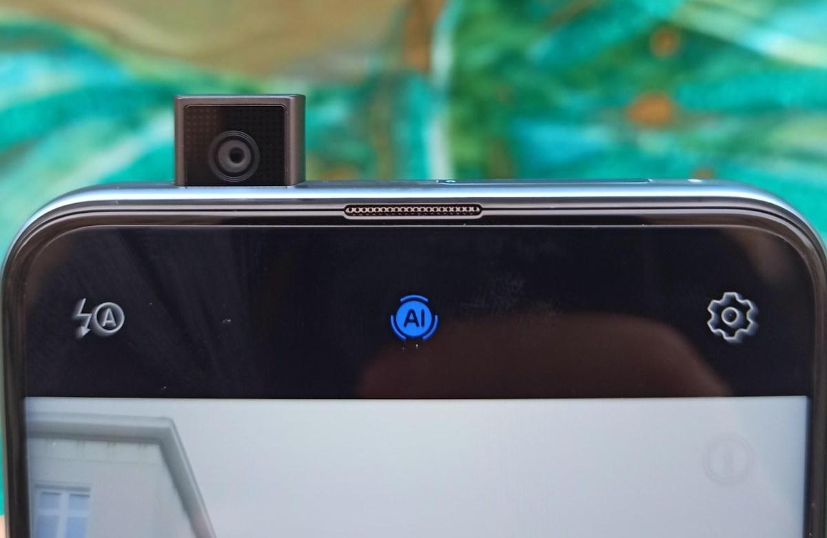 Huawei P Smart Z oferuje wysuwany aparat