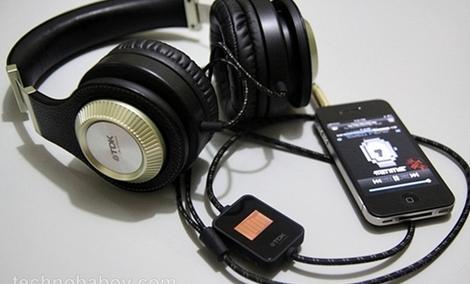 TDK ST800 - nauszne słuchawki o solidnym wykonaniu