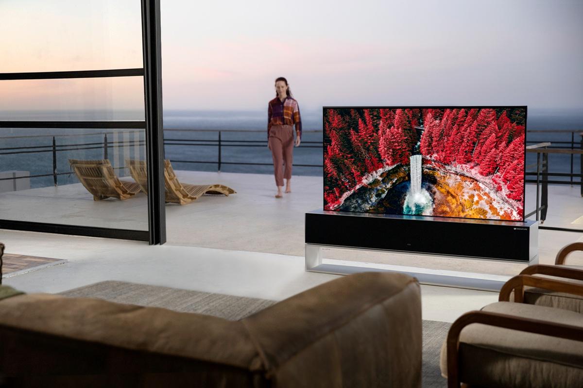 LG Signature OLED R to zapewne najdroższy dostępny komercyjnie telewizor na świecie