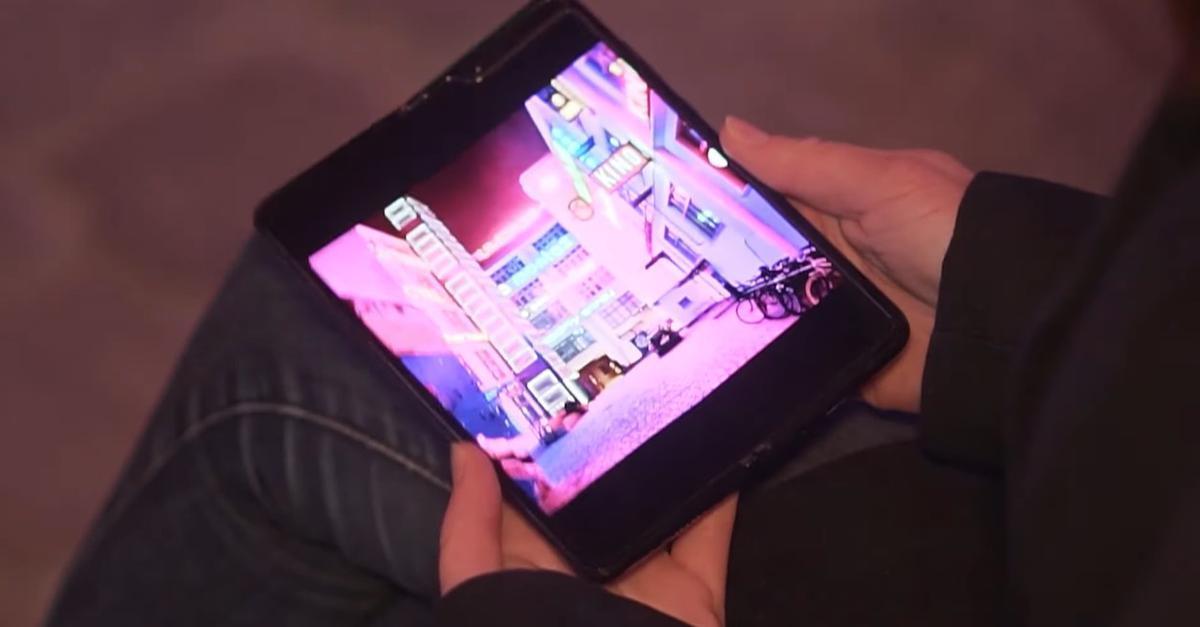 Galaxy Fold oferuje duży ekran i niewiele korzyści