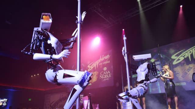 W Las Vegas maszyny zastępują nawet striptizerki