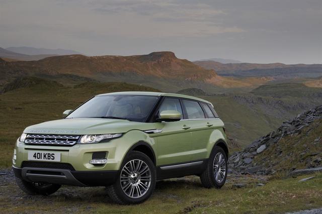 Land Rover świętuje pierwszy rok produkcji modelu Evoque