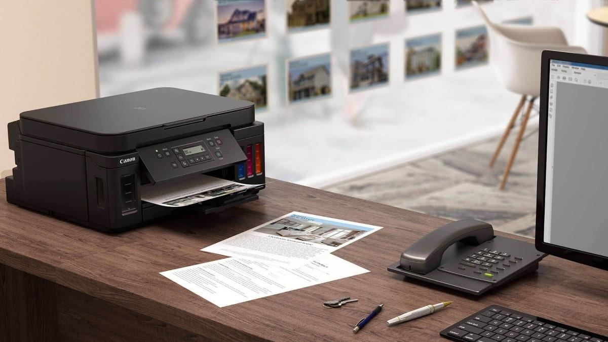 Canon z serii Pixma na biurku - grafika producenta