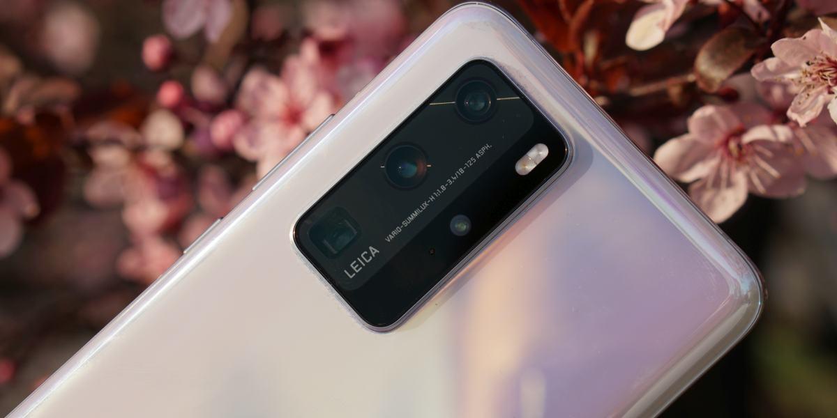 Najnowsze smartfony Huawei debiutują już bez usług Google Play