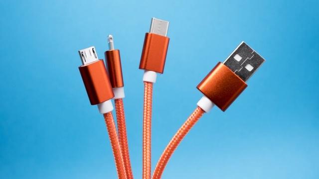 USB-C rozwiąże problemy kompatybilności (fot. Lucian Alexe)