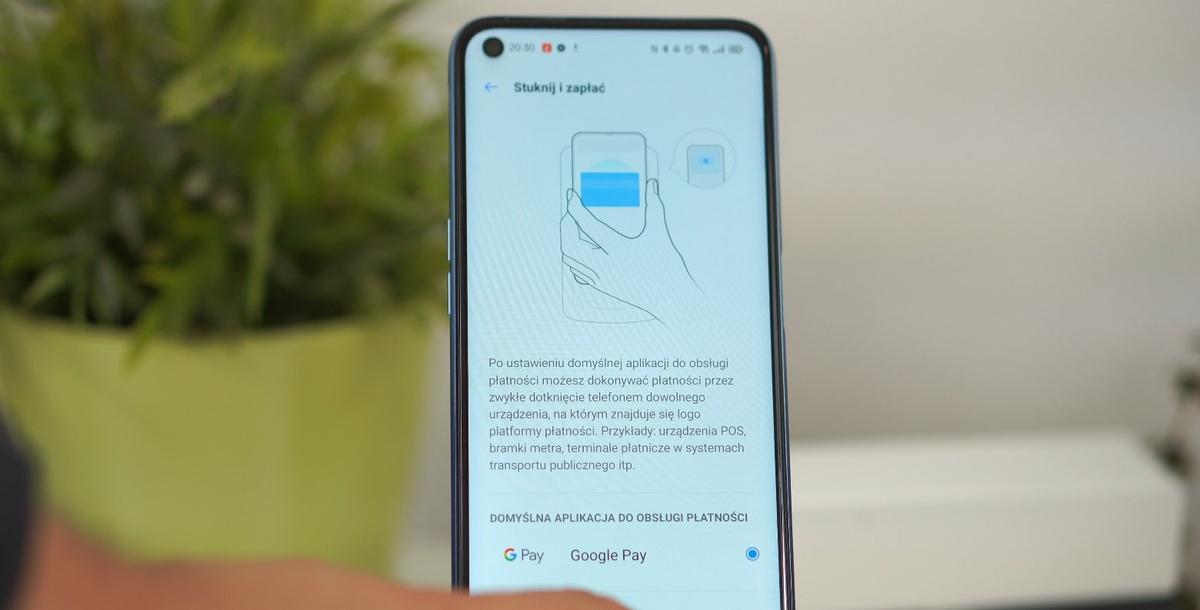 realme 7 oferuje NFC do płatności zbliżeniowych