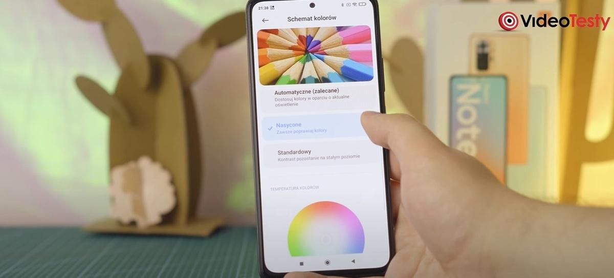 Redmi Note 10 Pro ma sporo opcji zmiany parametrów ekranu