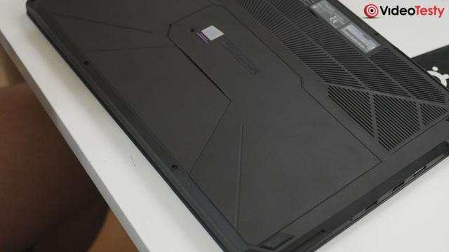 Asus FX503VD dolna klapka
