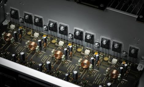 Amplituner kina domowego Denon AVR-1513