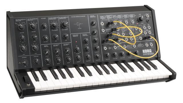 Syntezator Korg