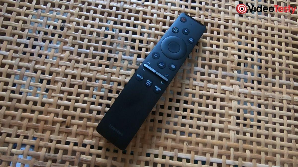 telewizor Samsung QE55Q80T pilot z zestawu