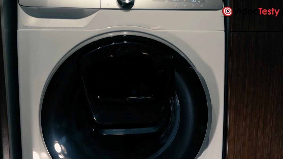 Widok na pralkę Samsung AI Control