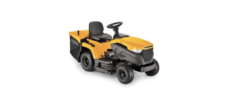 Traktorek Stiga Estate 3084 H na białym tle