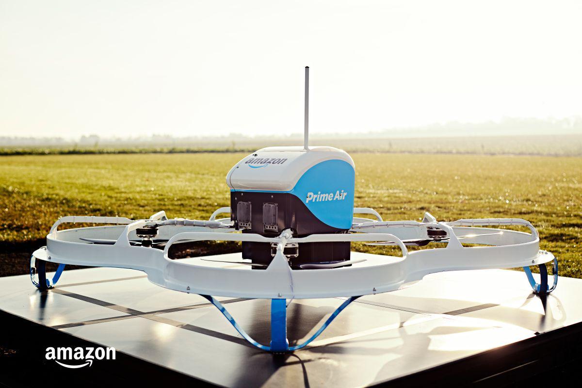 Amazon Prime Air to przyszłość dostarczania paczek