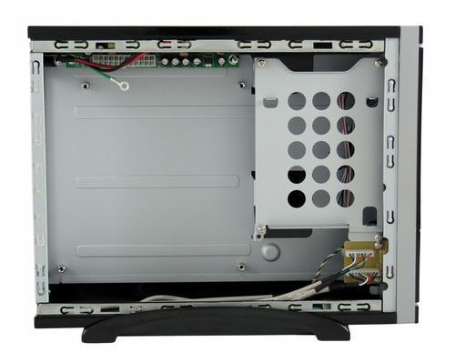 """LC-Power OBUDOWA CASE-1370BMI MINI-ITX 1X 5,25"""" 1X 3,5"""" HD-AUDIO ZASILACZ LC75ITX MAX 75W CZARNA"""