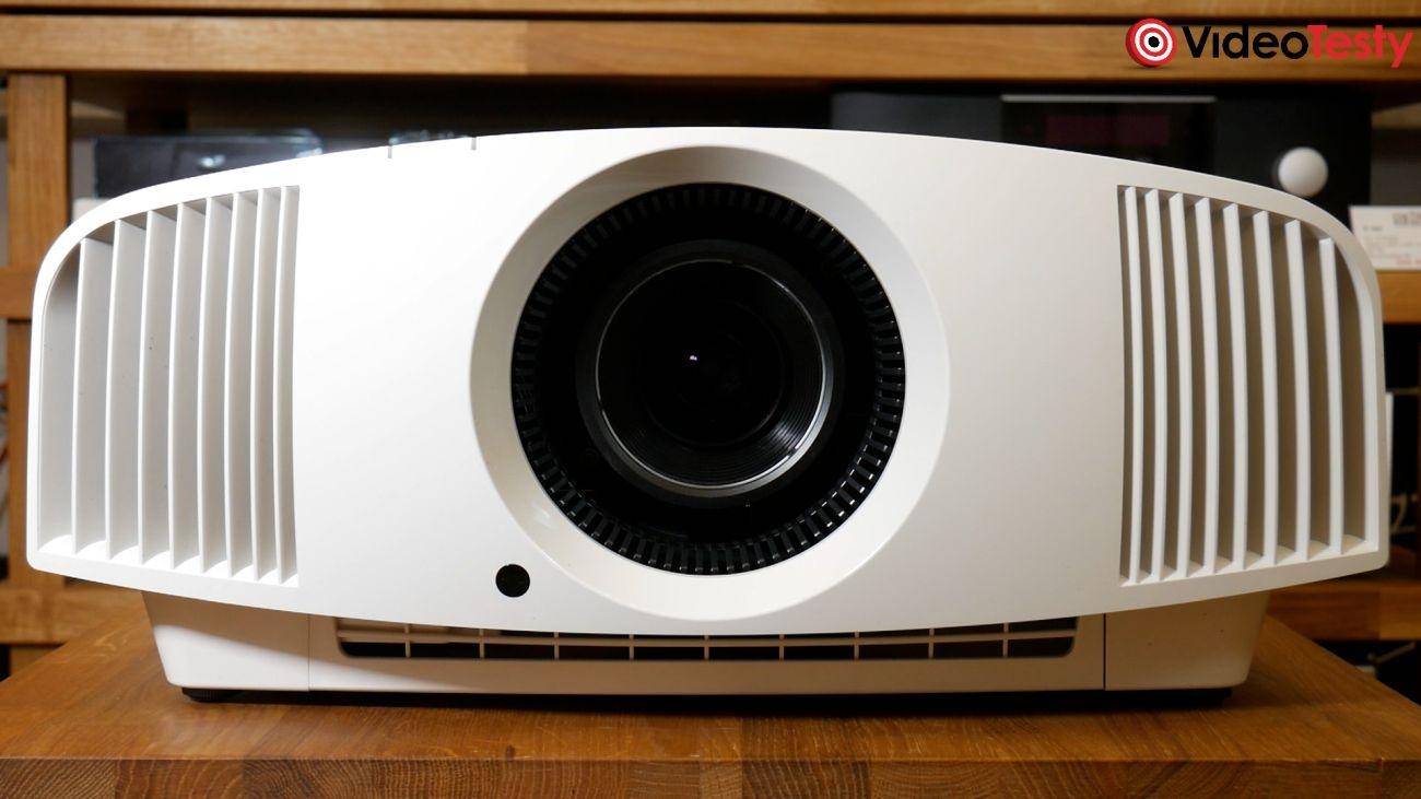 Projektor Sony VPL-VW290ES widok z przodu