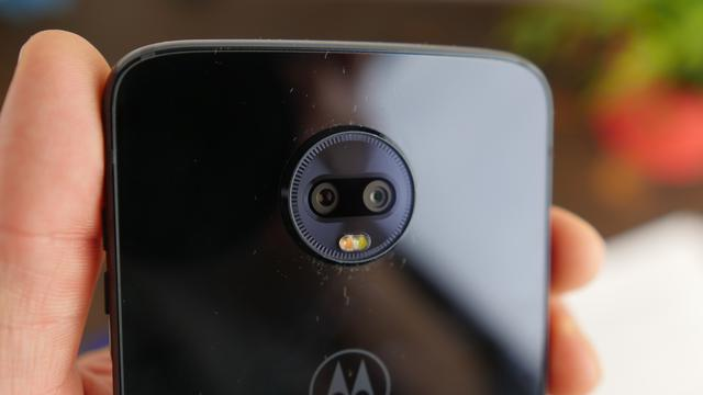 Motorola Moto Z3 Play podwójny aparat