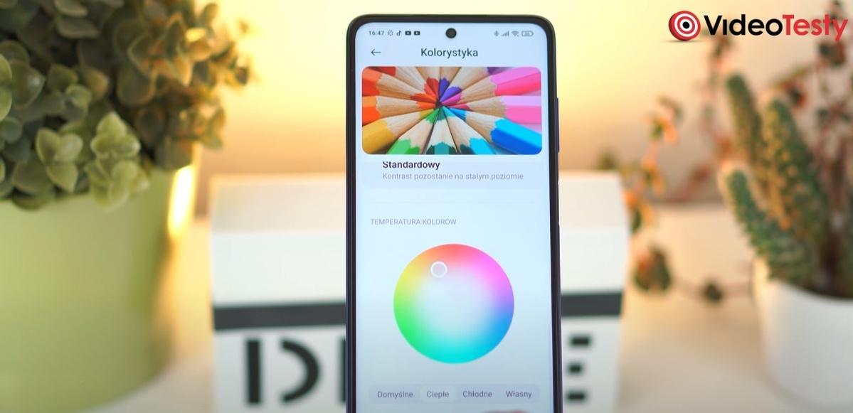 POCO X3 NFC oferuje zmianę odcienia wyświetlanych barw