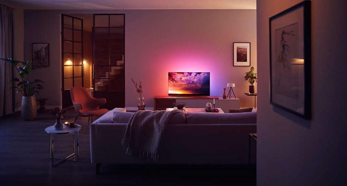 Philips OLED 854 w salonie