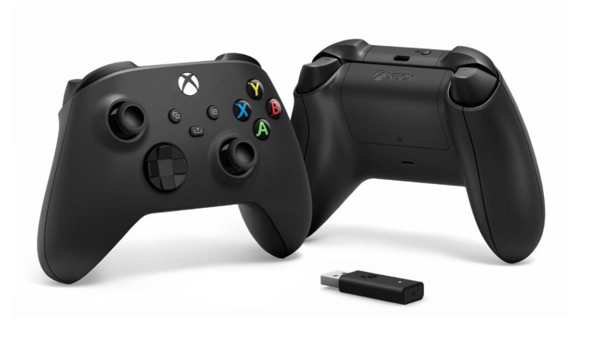 Kontroler Microsoft XBOX Series X na białym tle
