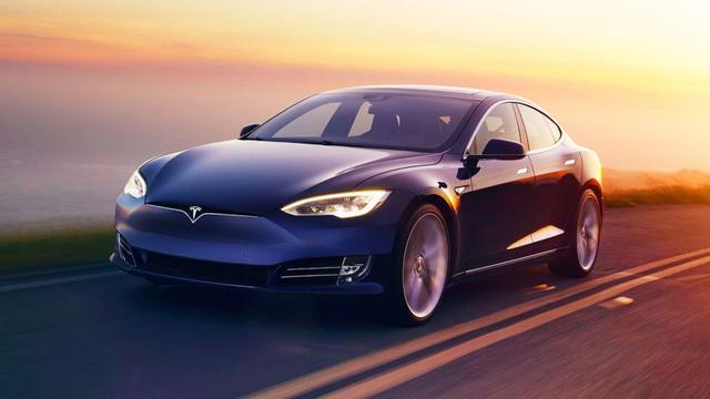 Tesla S w roli polskiej taksówki