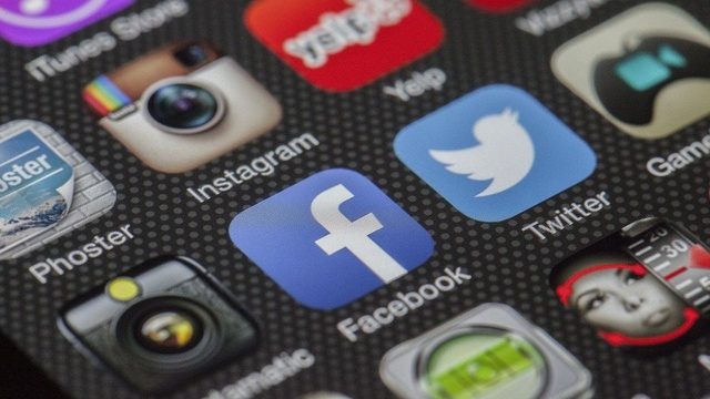 Facebook - Algorytm do oznaczania spamu przesadził