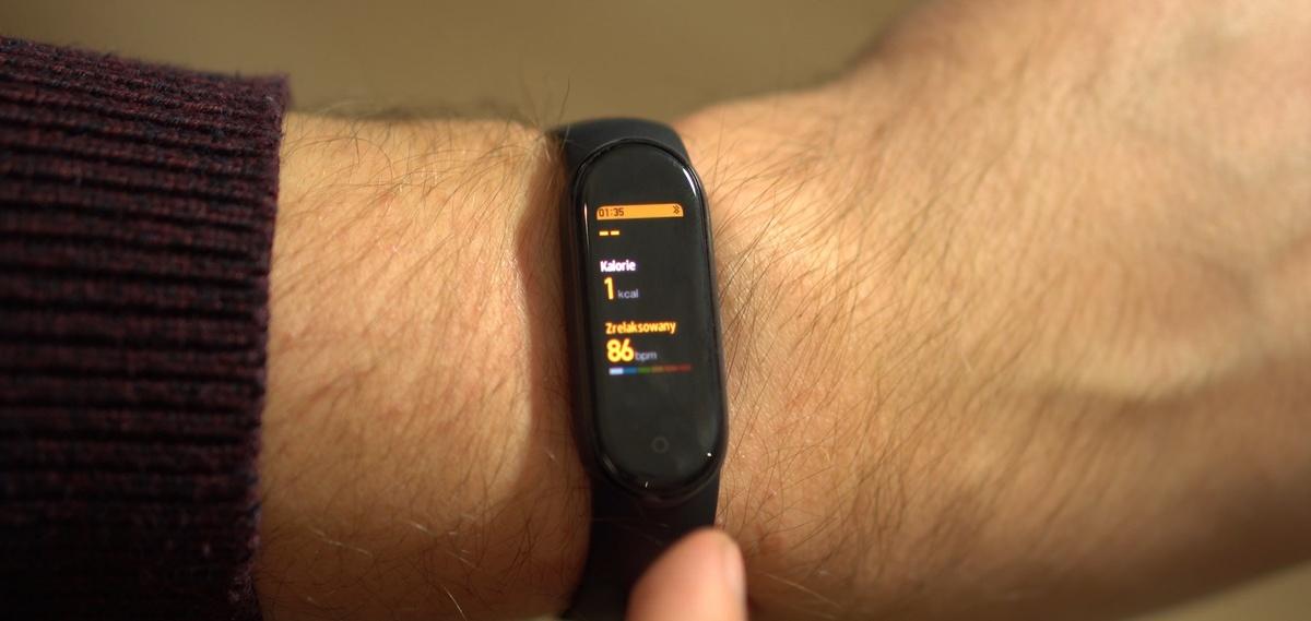Xiaomi Mi Band 5 pozwala mierzyć aktywność