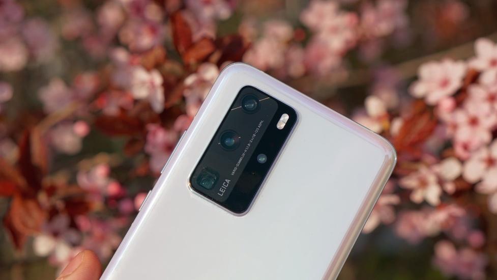 Spadają ceny Huawei - tańsze Matebooki oraz P30 i P40