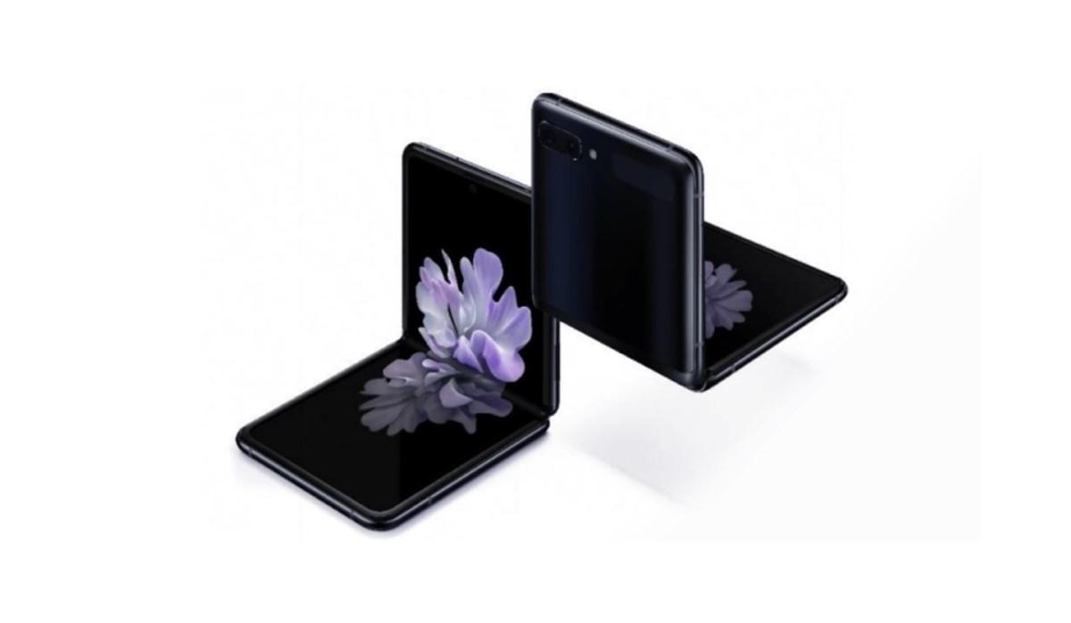 Samsung Galaxy Z Flip na białym tle