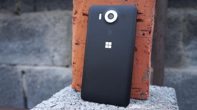 Microsoft Lumia 950 - wady i zalety smartfona