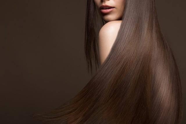 brązowe włosy po keratynowym prostowaniu