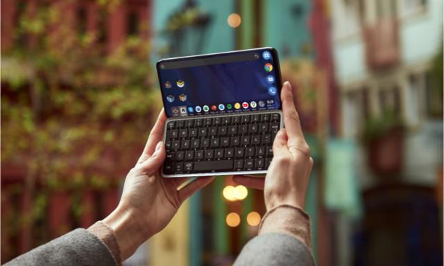 Szykuje się triumf smartfonów z klawiaturą? Planet Computers wypuści model 5G