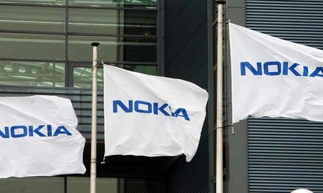 Nokia Budzi Się z Letargu!