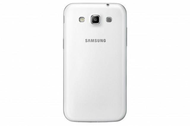 Samsung Galaxy Win fot4