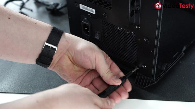 instalacja zasilacza PC