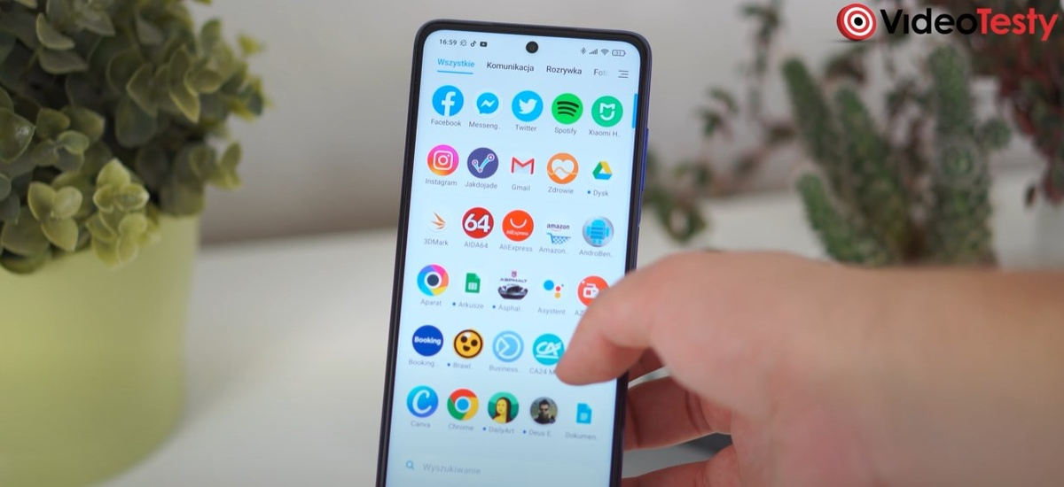 Interfejs POCO X3 przypomina inne rozwiązania Xiaomi