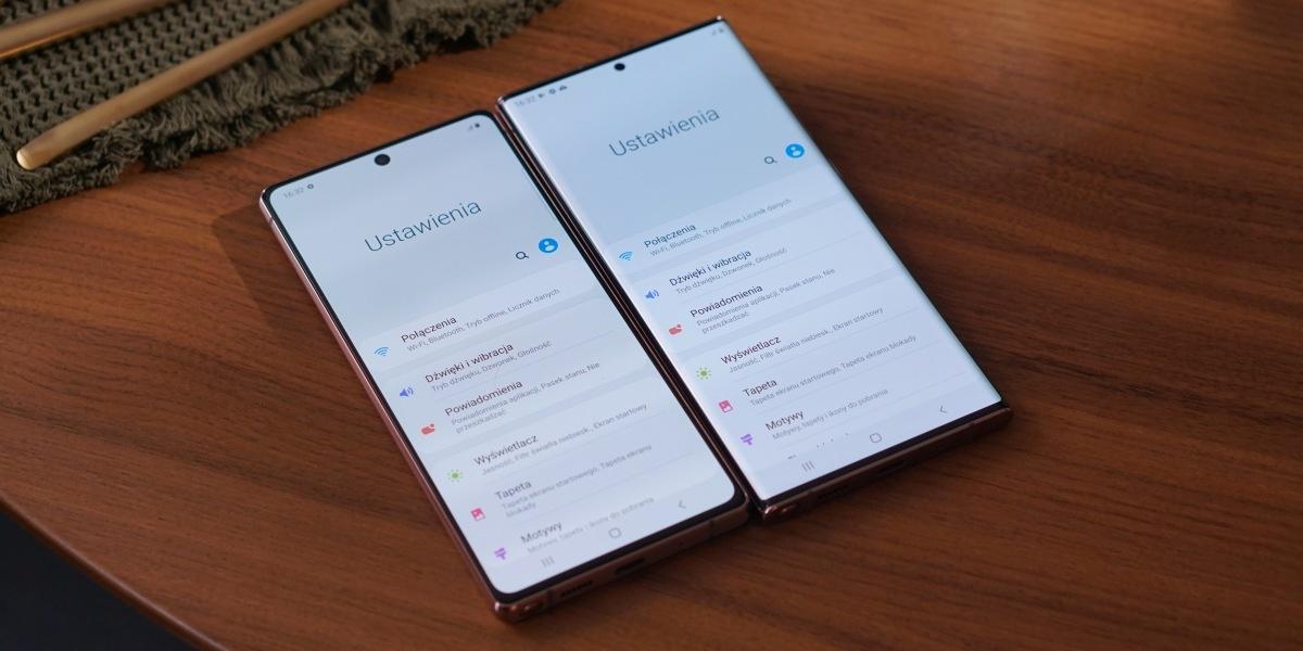 Różnice między Samsungiem Galaxy Note 20 Ultra 5G i Note 20 widać na froncie
