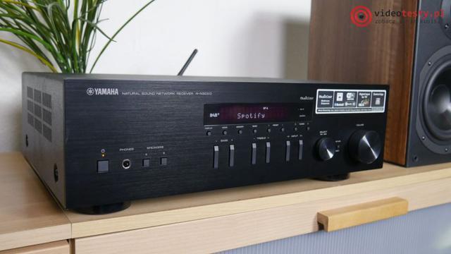 przedni panel amplitunera yamaha